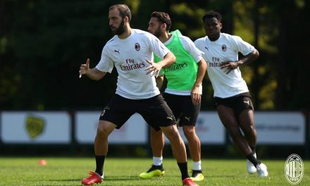 Napoli-Milan, Higuain sarà fischiato?