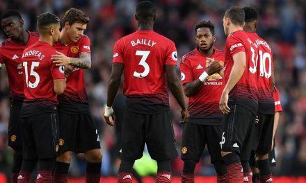 Manchester United, difesa a 3 in arrivo?